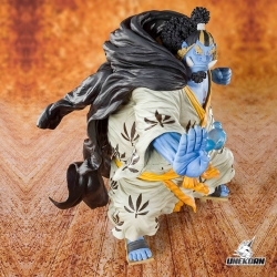 One Piece Knight of the Sea Jinbe - Figuarts Zero