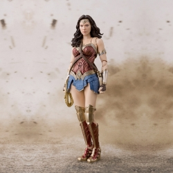 Justice League - Wonder Woman - S.H.Figuarts